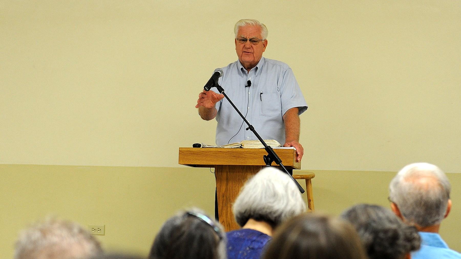 Dr. Les Ollila